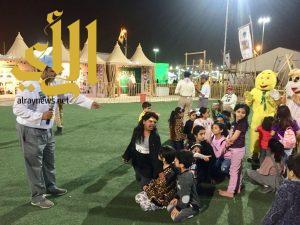 الأطفال متعة وإثارة مع الألعاب الترفيهية التربوية بجناح كشافة وزارة التعليم