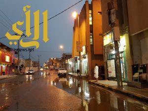 أمطار الخير والبركة تهطل على وادي الدواسر