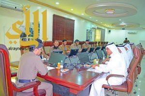 لجنة التدريب والتعليم الأهلي بغرفة نجران تجتمع بمدير عام الدفاع المدني بنجران