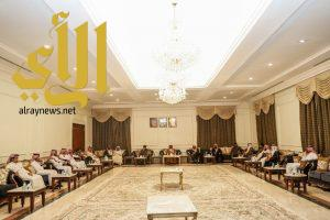 مُحافظ وادي الدواسر يستقبل المبايعين لسمو ولي العهد