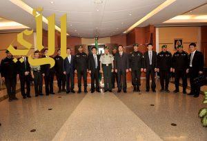 الوفد الصيني يزور الحرس الملكي السعودي