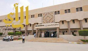 أطباء مستشفى الملك سعود بعنيزة ينقذون حياة شاب تعرض لإزاحة شديدة في المخ