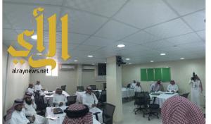 سعادة وكيل جامعة المجمعة يطلع على سير البرامج التدريبية