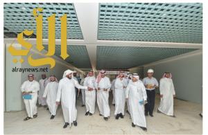وكيل جامعة المجمعة يتفقد مراحل العمل في مشروع مبنى كلية العلوم الطبية التطبيقية