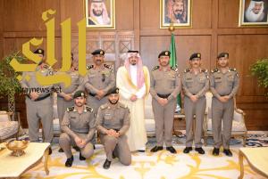 أمير عسير يستقبل مدير شرطة المنطقة