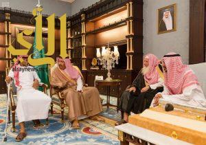 أمير منطقة الباحة يستقبل الجندي الغامدي