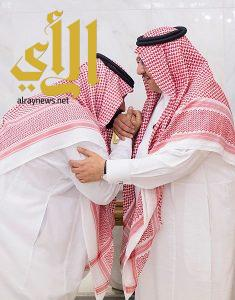 الأمير محمد بن نايف بن عبدالعزيز يبايع الأمير محمد بن سلمان بن عبدالعزيز وليا للعهد