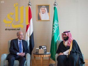 ولي العهد يلتقي رئيس الوزراء المصري