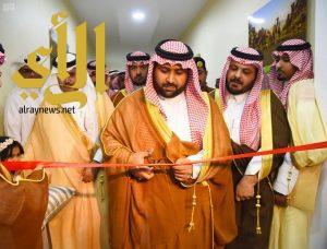 نائب أمير جازان يفتتح معرض المشروعات الحكومية بمحافظة العارضة