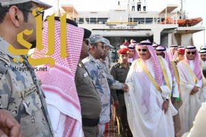 أمير جازان يتفقد عدداً من المشروعات التنموية بمحافظة فرسان