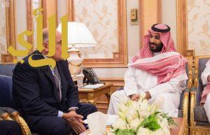 سمو ولي العهد يستعرض الفرص الاستثمارية في المملكة مع ممثل رئيسة وزراء بريطانيا