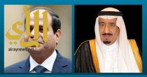 الملك سلمان يعزي رئيس جمهورية مصر العربية في ضحايا الهجوم الإرهابي