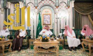 خادم الحرمين الشريفين يصل مكة لقضاء العشر الأواخر من رمضان