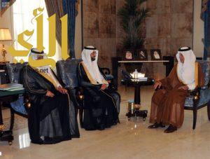 الأمير خالد الفيصل يتسلم التقرير النهائي للهيئة العامة للغذاء والدواء