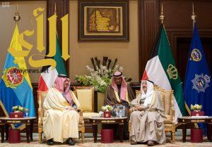 أمير دولة الكويت يستقبل وزير الداخلية