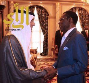 الرئيس الغيني يستقبل وزير الخارجية