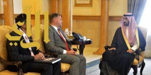 أمير منطقة مكة المكرمة بالنيابة يلتقي القنصل العام البريطاني