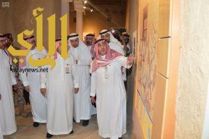 أمير منطقة الرياض يشارك الأهالي احتفائهم بيوم الوطن
