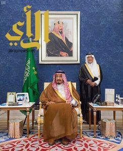 الملك سلمان يستقبل المعزين في وفاة الأمير عبدالرحمن بن عبدالعزيز