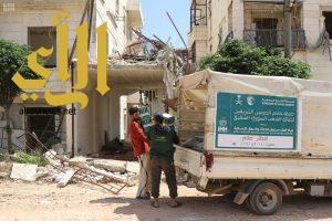 مركز الملك سلمان للإغاثة يدشن توزيع وجبات إفطار صائم على النازحين في ريف حلب الشمالي