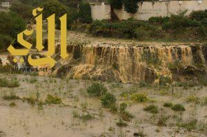 أمطار الخير والبركة تهطل  بغزارة على منطقة الباحة
