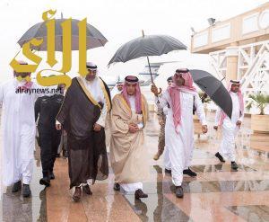 النائب الأول لرئيس مجلس الوزراء وزير الخارجية بدولة الكويت يصل الرياض
