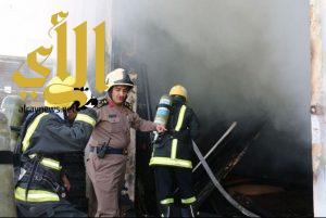 فرق الدفاع المدني بالعاصمة المقدسة تسيطر على حريق اندلع في مستودع بشارع الحج