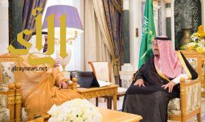 خادم الحرمين الشريفين يستقبل سفير دولة الإمارات لدى المملكة