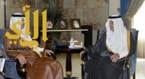 الأمير خالد الفيصل يلتقى وزير التعليم