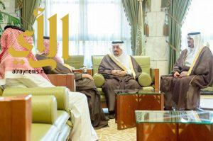 أمير الرياض يستقبل نائب وزير الاقتصاد والتخطيط