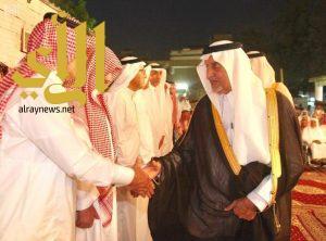 أمير منطقة مكة المكرمة يعزي أبناء الطاشكندي في وفاة والدهم