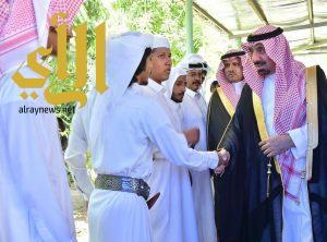 أمير نجران يواسي أسرة الخبي في وفاة مواطن وطفليه