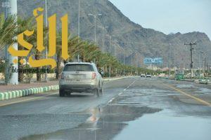أمطار الخير والبركة تهطل على محافظة محايل