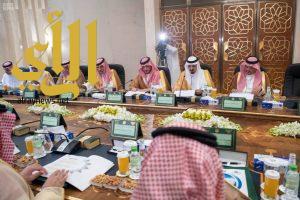 وزير الداخلية يرأس اجتماع لجنة الحج العليا