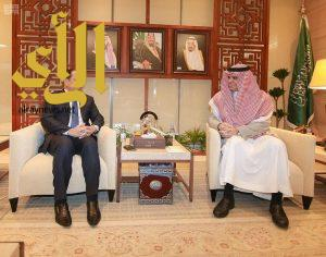 وزير التعليم يستقبل السفير الموريتاني لدى المملكة