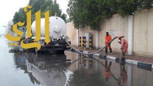 بلدية الجبيل تضخ أكثر من 2مليون متر مكعب من مياه الأمطار