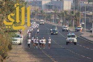 150 مشاركا في سباق أندية الحي بتعليم عسير