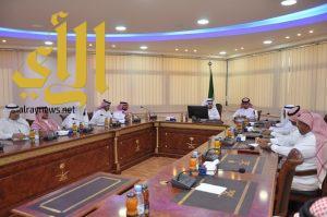 رئيس غرفة ينبع يلتقي برؤساء لجان المنتسبين