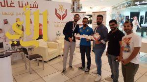 أقبال كبير من فئة الشباب على أركان مبادرة شبابنا غالي علينا في المجمعات التجارية