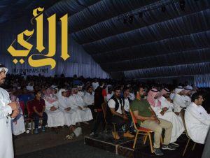 """1400 زائر في أول عرض لمسرحية """"ولد بطنها"""" وسط تفاعل الجمهور"""