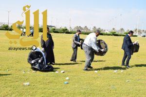 حملة (تنظيف كورنيش المحافظة) ببلدية راس تنورة
