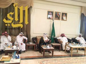 وكيل أمين منطقة الرياض يلتقي رئيس وأعضاء المجلس البلدي بوادي الدواسر