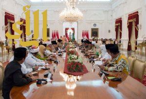 خادم الحرمين ورئيس إندونيسيا يلتقيان أبرز الشخصيات الإسلامية