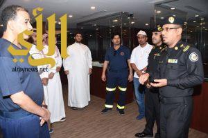 وفد من الهلال الأحمر بالمدينة المنورة يزور مقر مركز العمليات الأمنية ٩٩٩