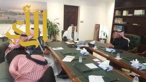 أمين الشرقية يناقش مشاريع الأمانة وفق البرنامج الوطني لدعم المشاريع بالجهات العامة