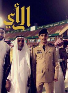 الملازم عبدالرحمن القرني يحتفل بتخرجه من الكليه الحربيه