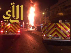 بالصور.. اندلاع حريق هائل في محطة بنزين بنجران