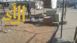 بلدية القطيف تخلي وتغلق سوق الطيور احترازياً