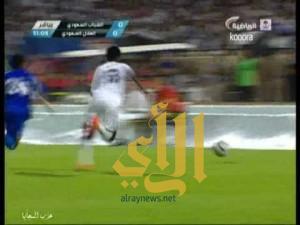 لقطة سباحة حسن معاذ مباراة الهلال والشباب بطولة النخبة