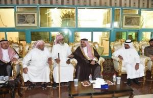 أمير نجران ينقل تعازي القيادة لأسرة الشهيد آل واصل